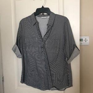 New York & Co. 1/2 button shirt